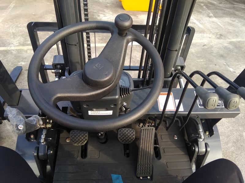 Xe nâng dầu Liugong CPCD35 - 3.5 tấn