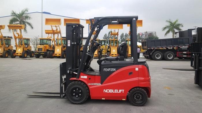 Xe Nâng Điện Cao Cấp Noblelift - Đức (Nâng 2.5 tấn)